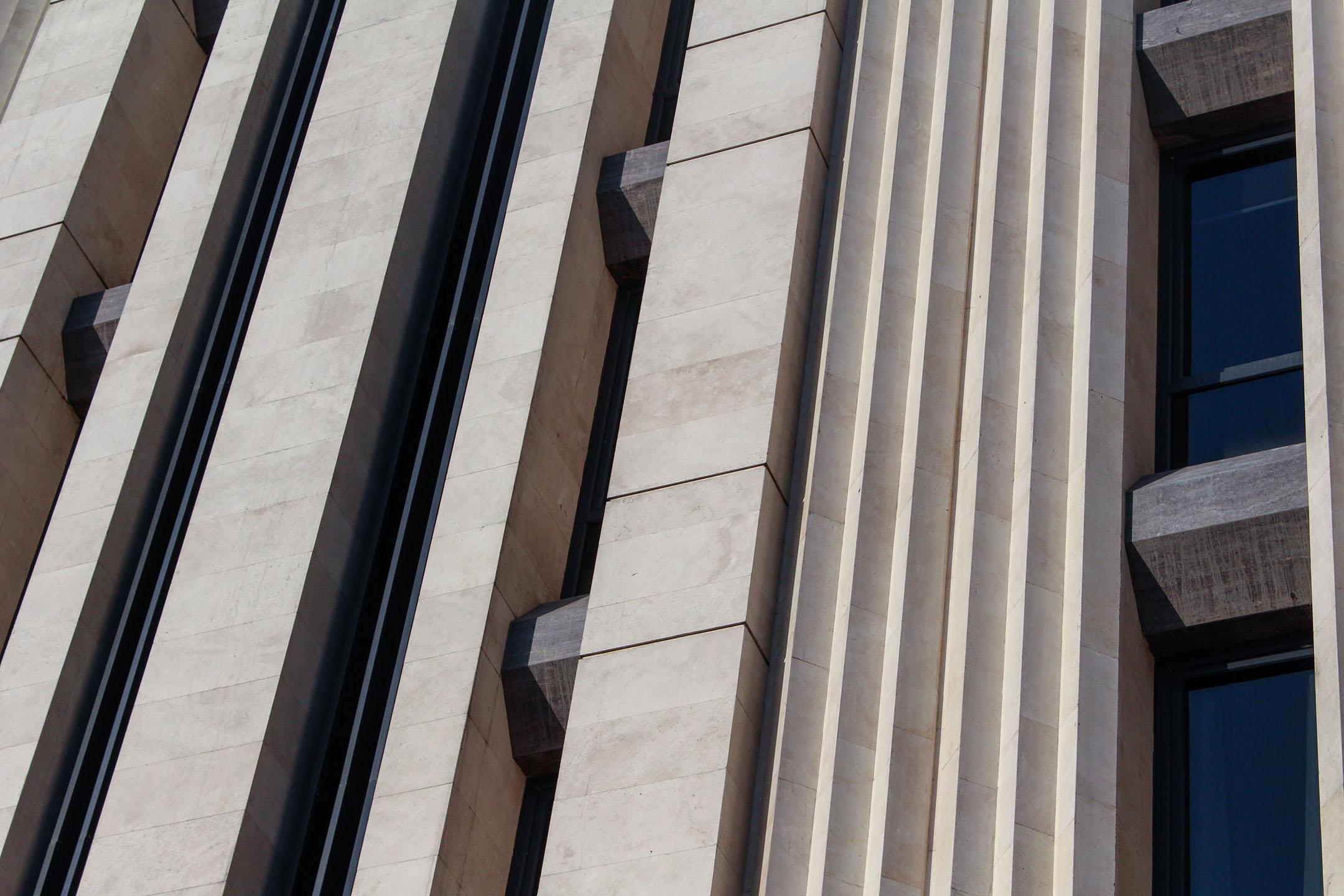 HOOR OFFICE BUILDING